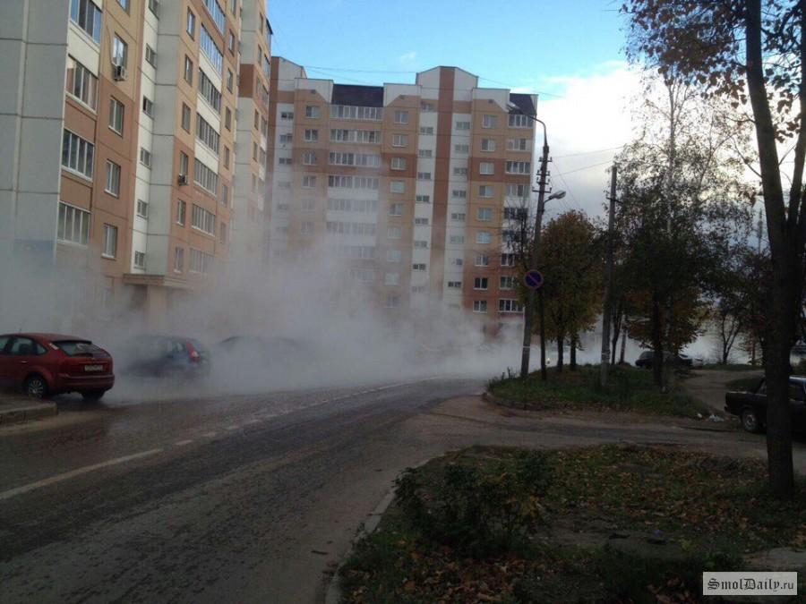 ВСмоленске исторический центр города заливает кипятком