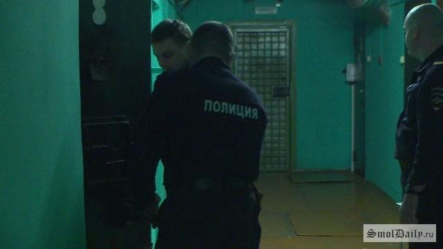 НаКолхозной площади вСмоленске милиция задержала двоих карманников