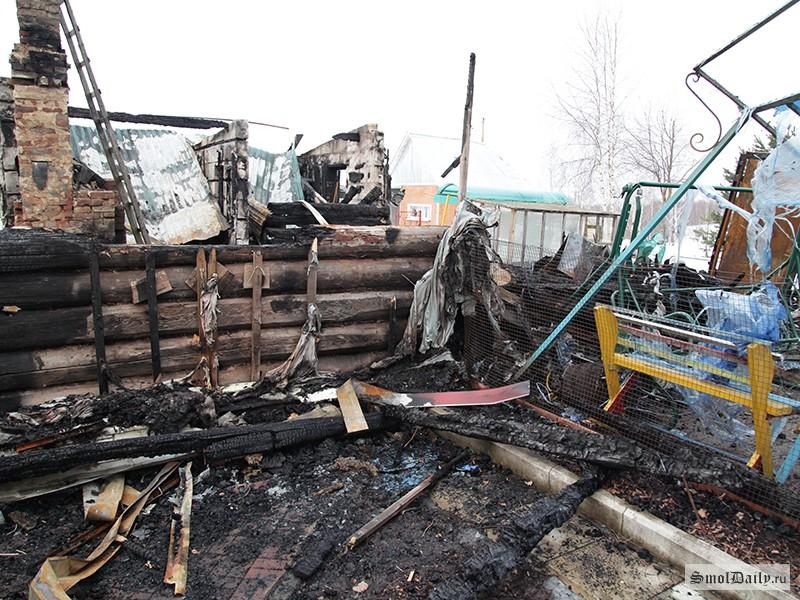 Смоленские cотрудники экстренных служб  отыскали  два трупа— Пожар вЧеремушках